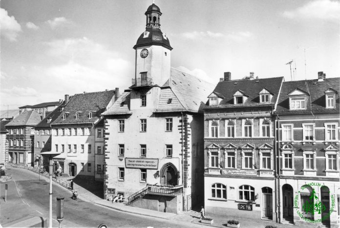1972 - Rathaus Schmölln - Knopfstadt.de