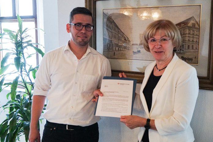 Bürgermeister Sven Schrade - Birgit Becker, Vorsitzende der Geschäftsführung der Bundesagentur für Arbeit