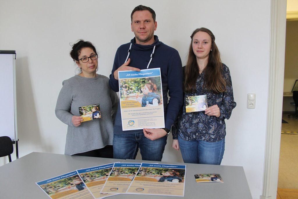 Pflegeeltern im Landkreis gesucht